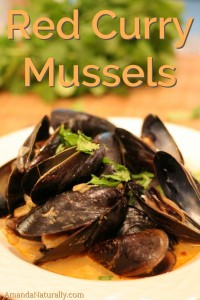 Red Curry Mussels | grain free, low carb, nutrient dense | AmandaNaturally.com
