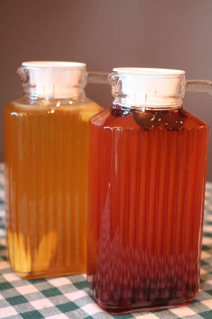 Homemade Kombucha | AmandaNaturally.com